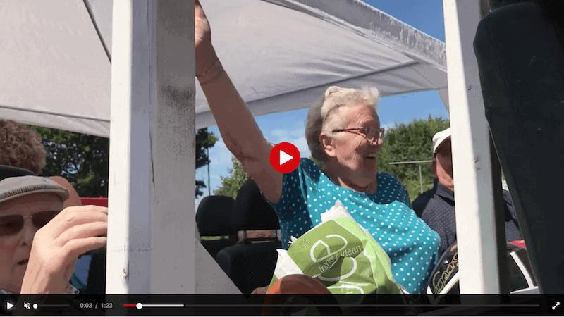Ouderen vieren feest op de Zwarte Cross